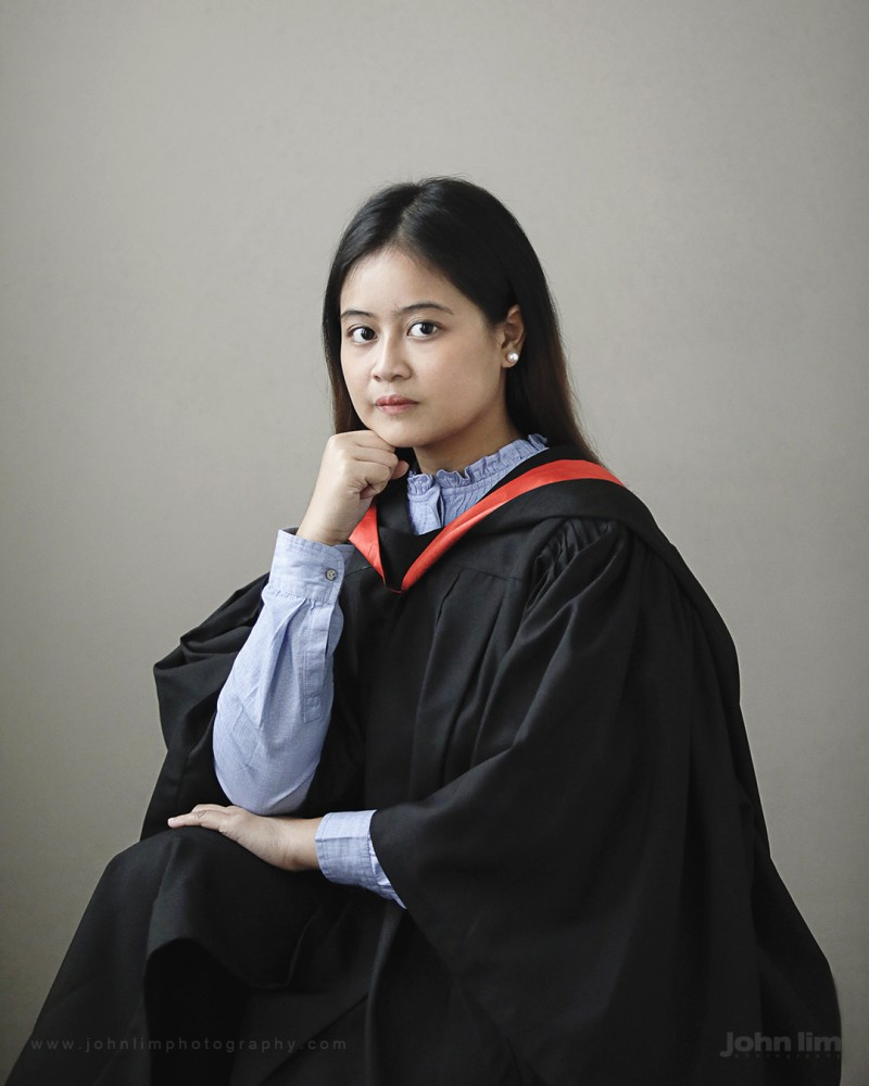 Top 10 Portrait Photographers in Singapore, graduation portraiture photography