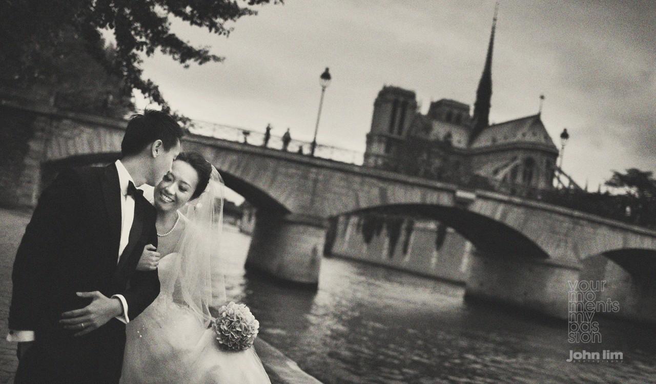 top professional award-winning wedding and portraiture portrait photography singapore, destination overseas pre-wedding, epic landscape with drone footage, romantic with feel, Paris by river Seine with Notre Dame Cathedral