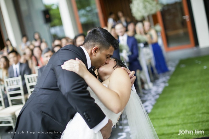 N&M-313-960x640_johnlimphotography_wedding_actual_day_singapore_capella