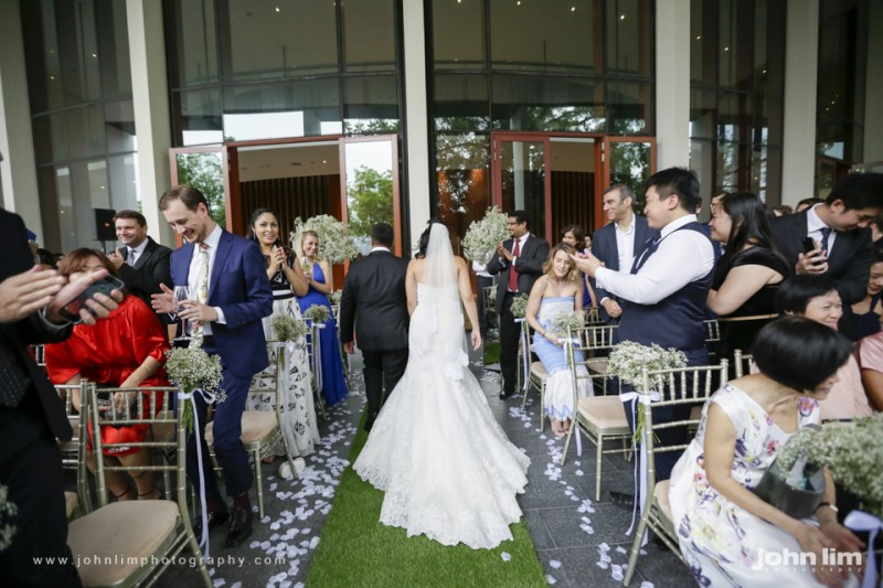 N&M-320-960x640_johnlimphotography_wedding_actual_day_singapore_capella