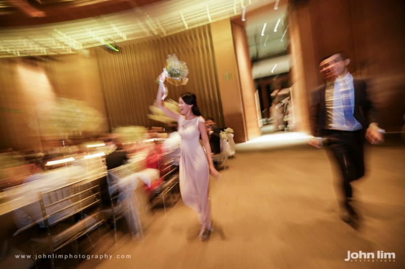 N&M-382-960x640_johnlimphotography_wedding_actual_day_singapore_capella