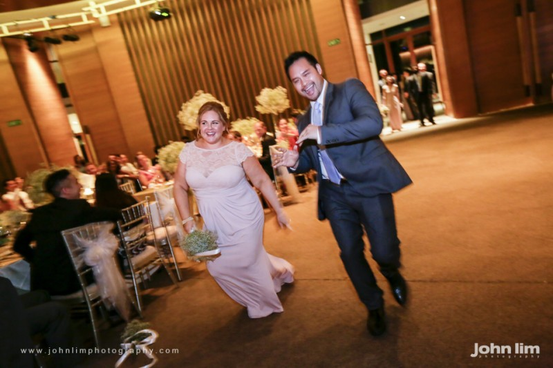 N&M-395-960x640_johnlimphotography_wedding_actual_day_singapore_capella