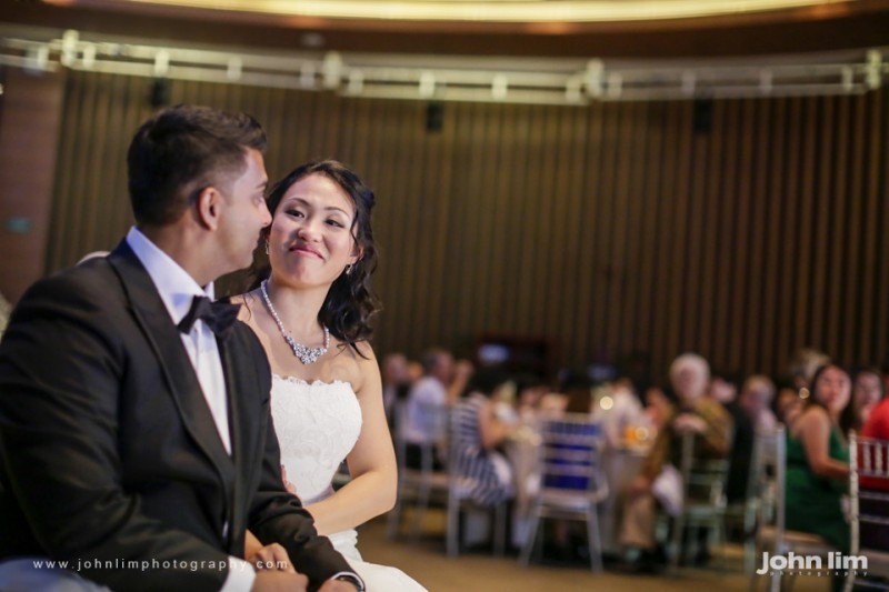 N&M-456-960x640_johnlimphotography_wedding_actual_day_singapore_capella