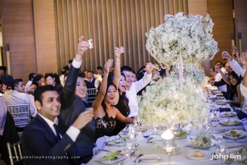 N&M-476-960x640_johnlimphotography_wedding_actual_day_singapore_capella