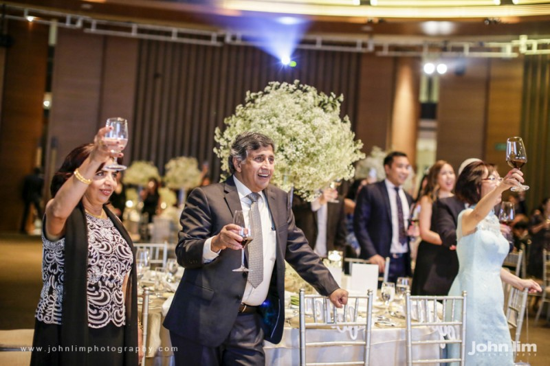 N&M-518-960x640_johnlimphotography_wedding_actual_day_singapore_capella