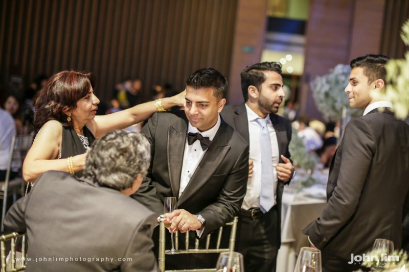 N&M-550-960x640_johnlimphotography_wedding_actual_day_singapore_capella