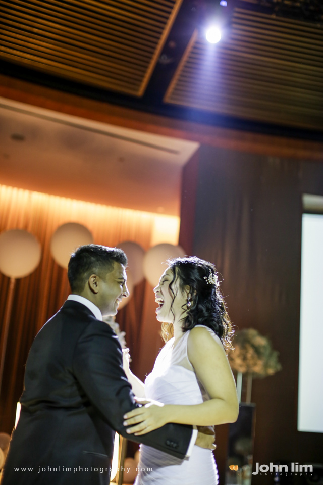N&M-569-960x640_johnlimphotography_wedding_actual_day_singapore_capella