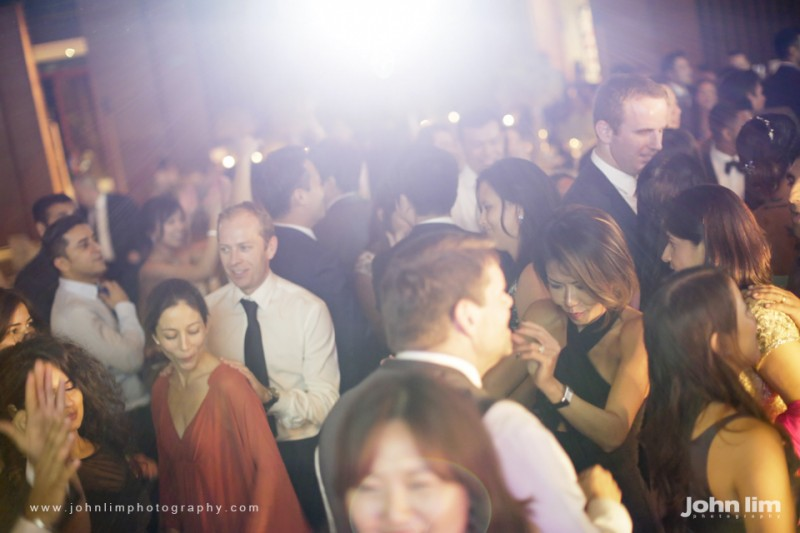 N&M-582-960x640_johnlimphotography_wedding_actual_day_singapore_capella