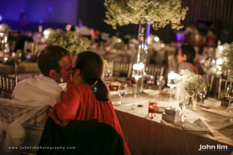 N&M-629-960x640_johnlimphotography_wedding_actual_day_singapore_capella