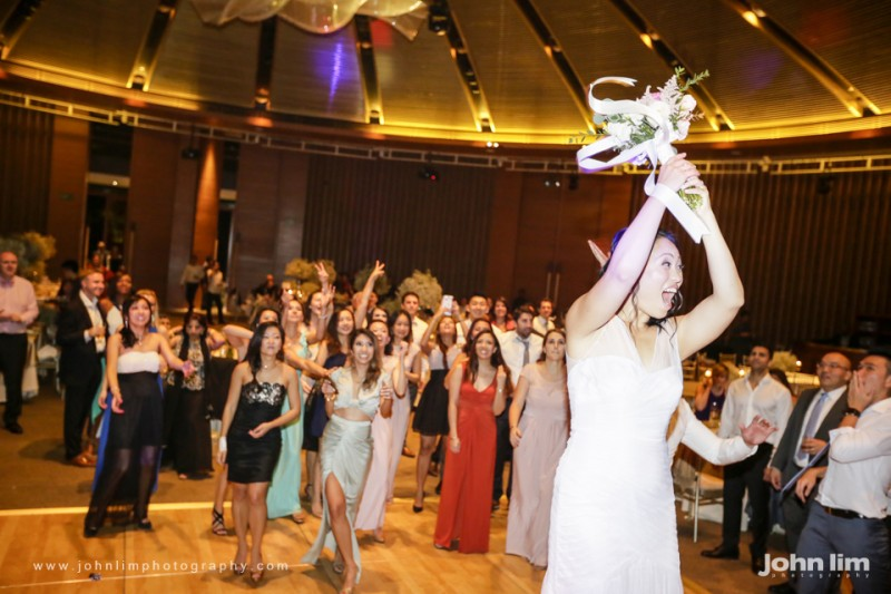 N&M-637-960x640_johnlimphotography_wedding_actual_day_singapore_capella