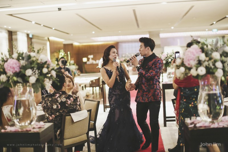 Wedding of Singapore celebrity Daren Tan and his wife Dr Nadia Tan of Kuala Lumpur, Malaysia, wedding photography by John Lim of Singapore, Hyatt Regency